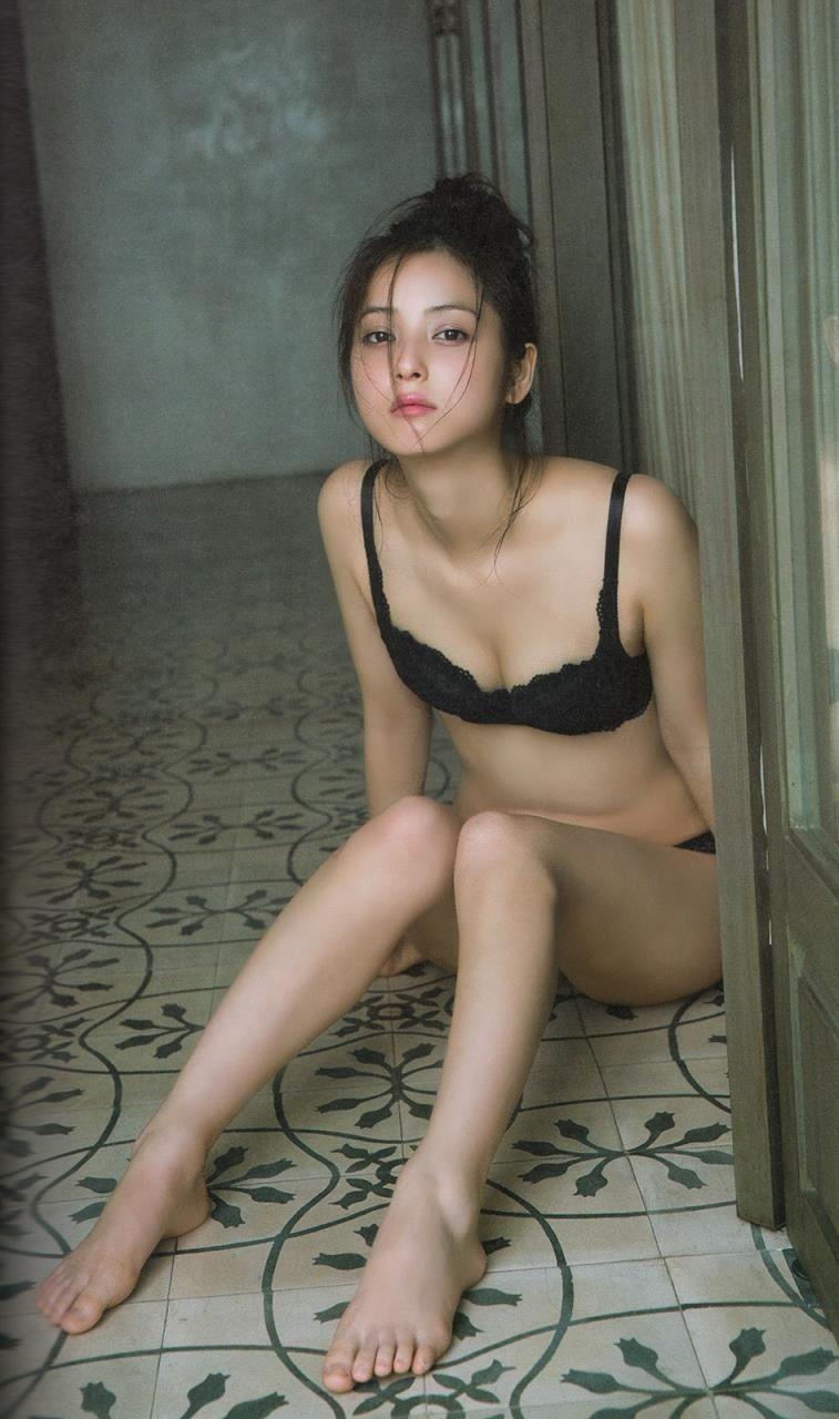 トップ モデル ヌード