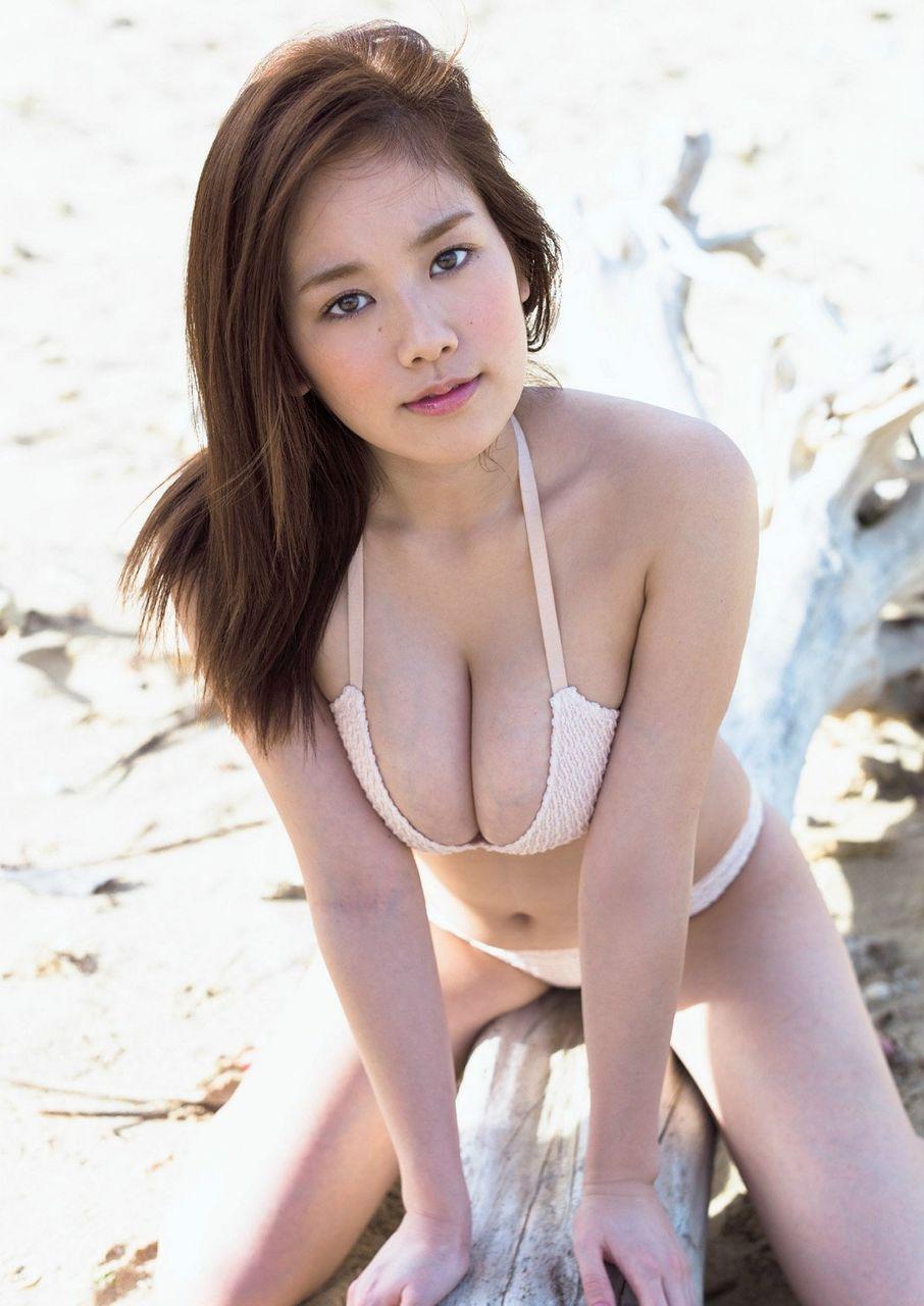 佐野ひなこ、女優伸び悩みでグラビアから ...