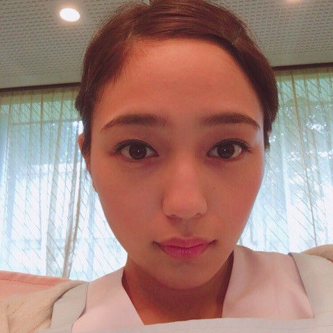 ピンクの唇がかわいい川口春奈