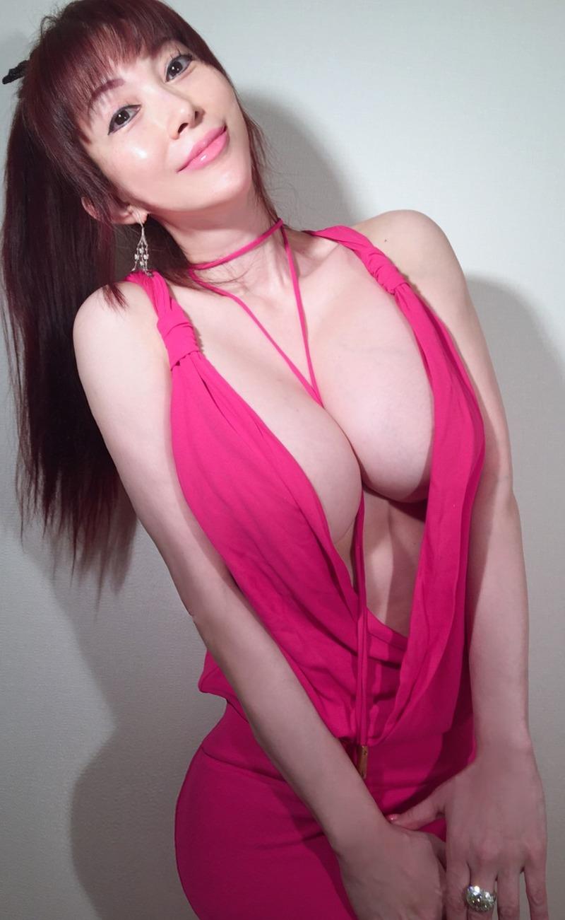 叶 姉妹 ヌード 画像