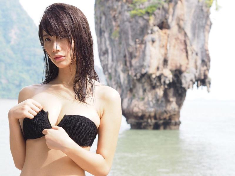 斎藤真美アナ(29)豪快な食レポ姿が擬似フェラ風でエロいww【エロ画像】