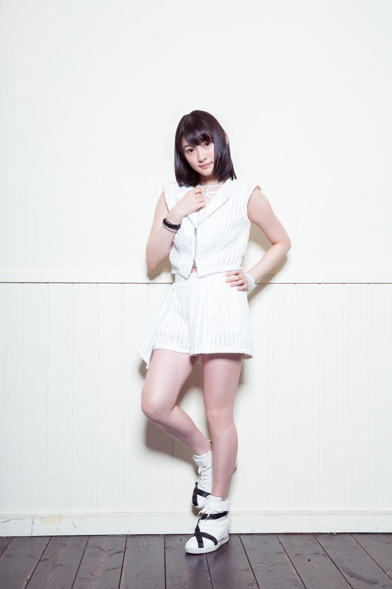Juice=Juice宮本佳林(19)の水着姿がニプレスハミ出してて生々しいww【エロ画像】