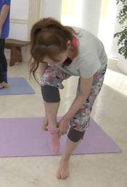はいだしょうこ(39)の柔軟体操中の胸チラハプニングww【エロ画像】