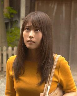 有村架純(25)の着衣ニットの巨乳おっぱいがエロいww【エロ画像】