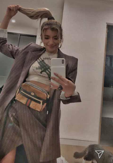 ローラ(28)のインスタストーリーの乳首ポチが抜けるww【エロ画像】