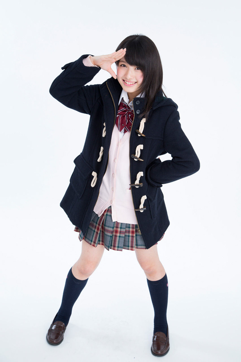 AKB大和田南那(15)が可愛すぎて太もも見ただけでフルボッキ【エロ画像】