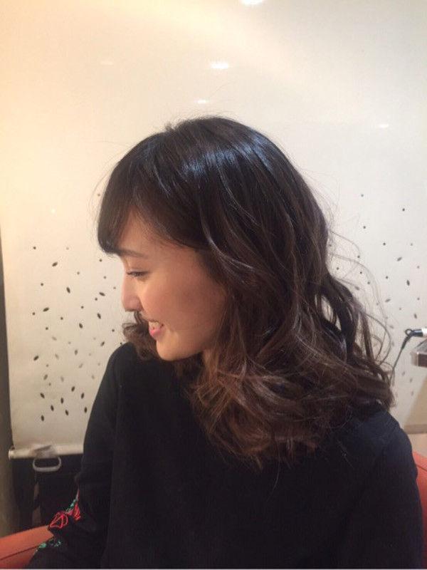 百田夏菜子(22)ももクロの赤色ちゃんのエクボが可愛いし疑似フェラがエロいンゴww【エロ画像】