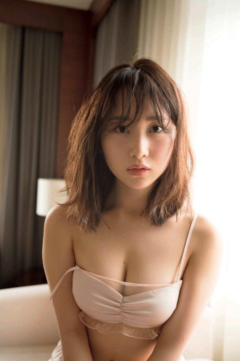 高橋朱里(21)の巨乳美バストがぐうシコww【エロ画像】
