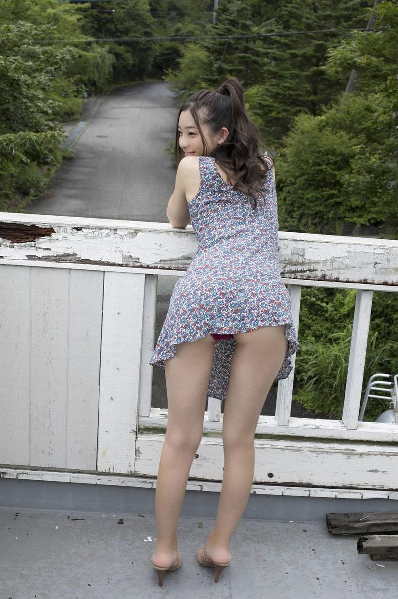 足立梨花(21)ちゃんがぼっちらしいので俺の愚息を親友にしてあげたい【エロ画像】