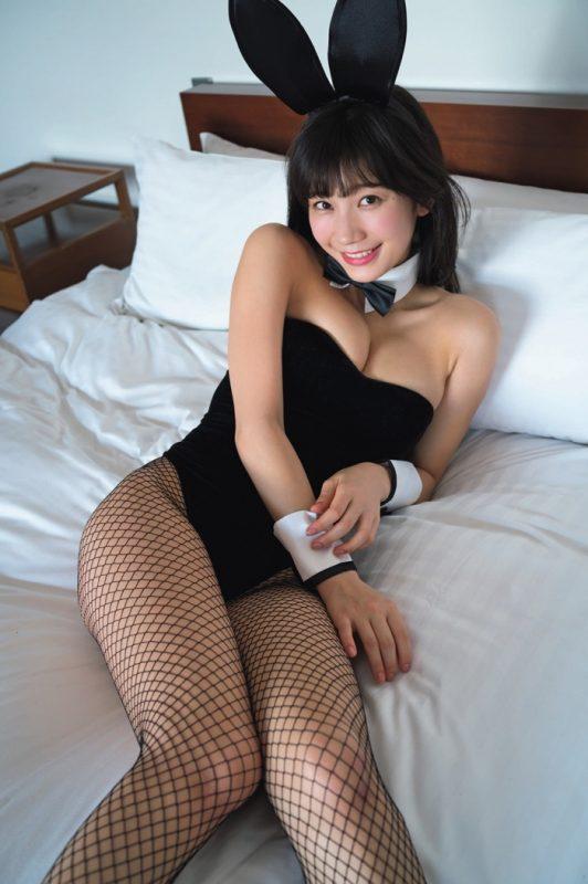 小倉優香(19)バニーガールコスした最新グラビアがぐうシコww【エロ画像】
