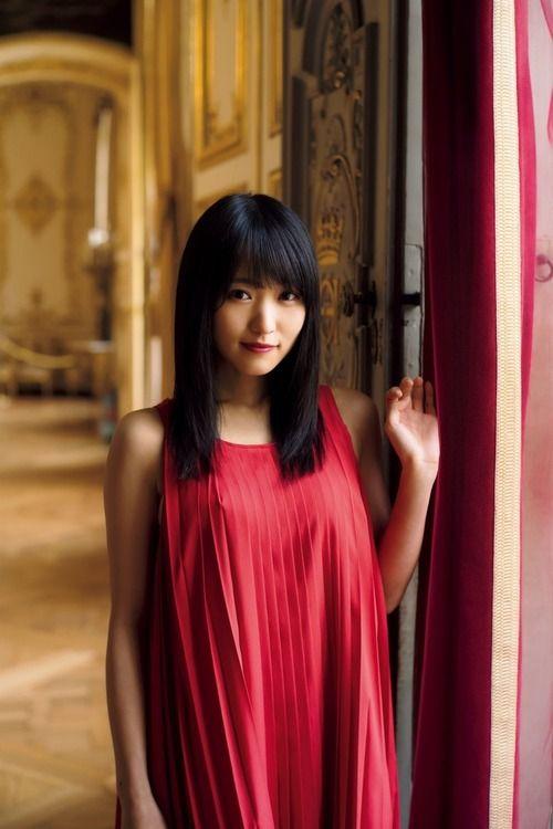 欅坂46菅井友香(22)キャプテンお嬢様の写真集がエロそうww【エロ画像】