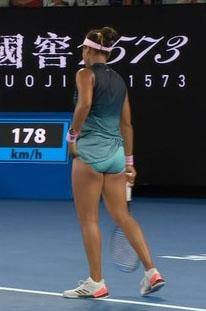 大坂なおみ(21)の着衣巨乳や生足太ももが女子テニス好きにはたまらんww【エロ画像】