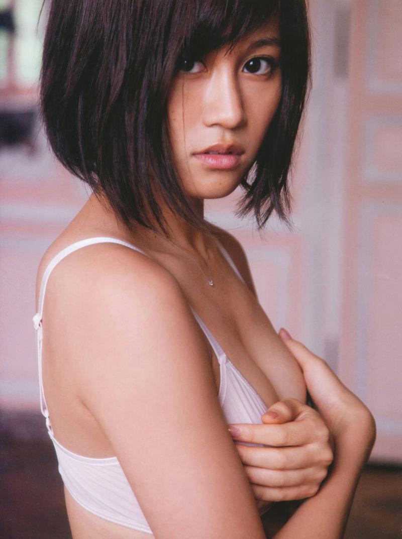 元AKB前田敦子(22)のおっぱいが愛おしい【エロ画像】