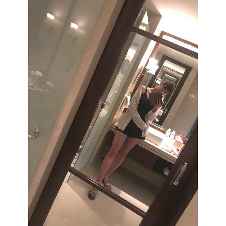 稲村亜美(22)の怪我回復報告の生足美脚がエロいww【エロ画像】