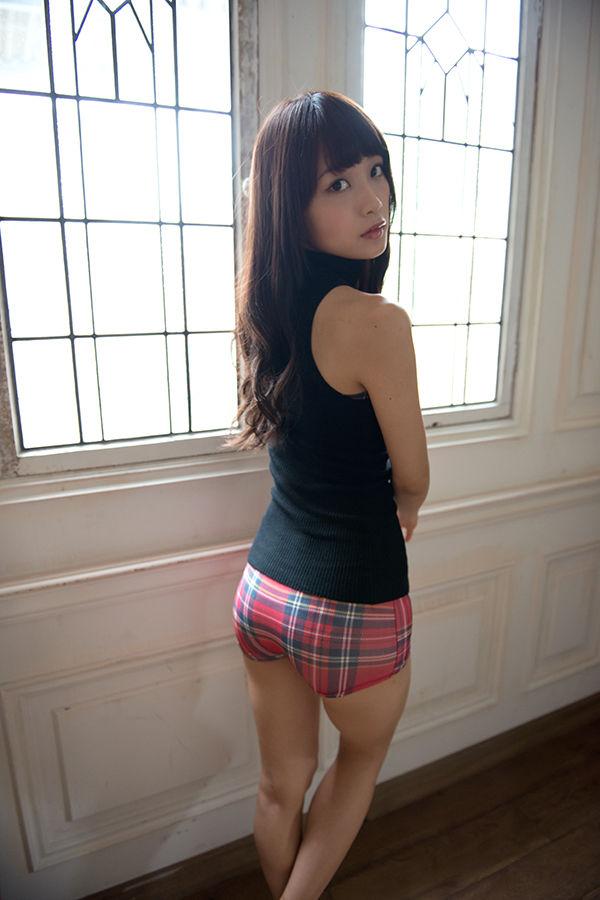 乃木坂の聖母・深川麻衣(23)の色気とプリケツがたまらんwwwこんなに可愛い淑女と結婚したい【エロ画像】