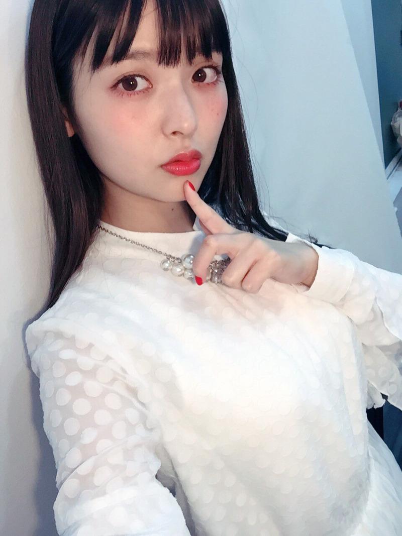 上坂すみれ(25)白い服が処女感あってなんともエッチww【エロ画像】