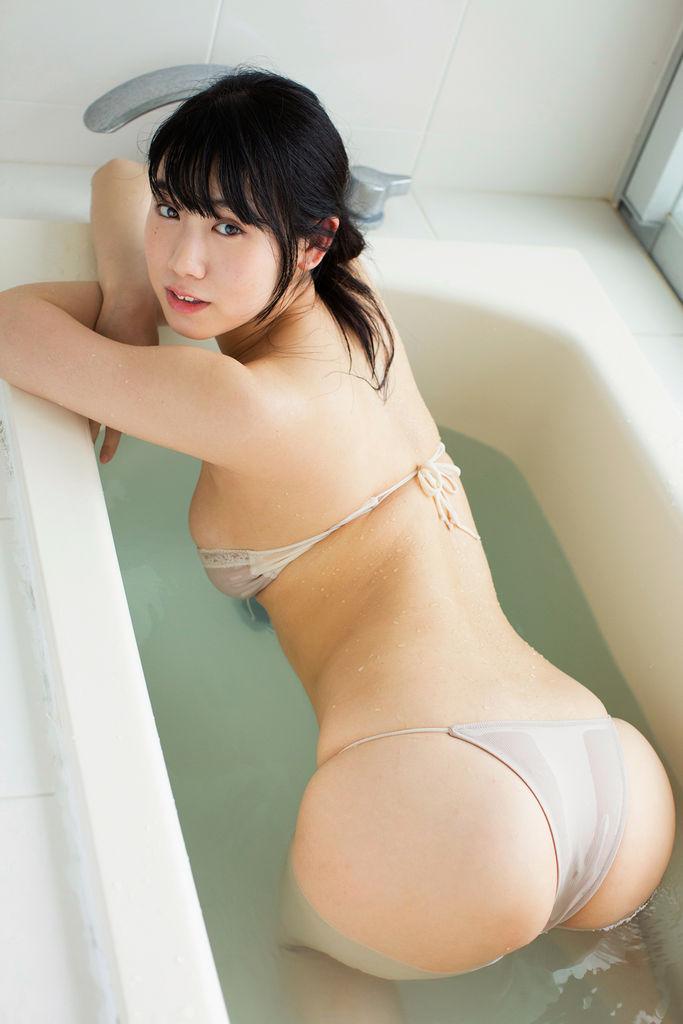 石神澪(21)のデカ乳、デカ尻ボディがぐうシコww【エロ画像】