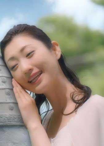 壇蜜(36)亀頭を撫でて淫語連発する痴女BBAww【エロ画像】