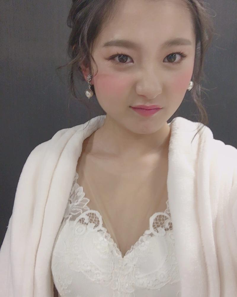 松尾悠花(18)のティックトッカー美少女がエロいww【エロ画像】