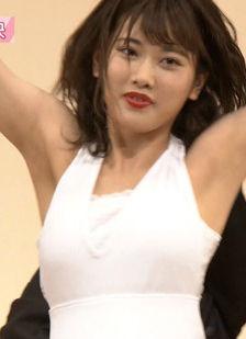 乃木坂46伊藤純奈(19)の脇チラに着衣おっぱいがぐうシコww【エロ画像】