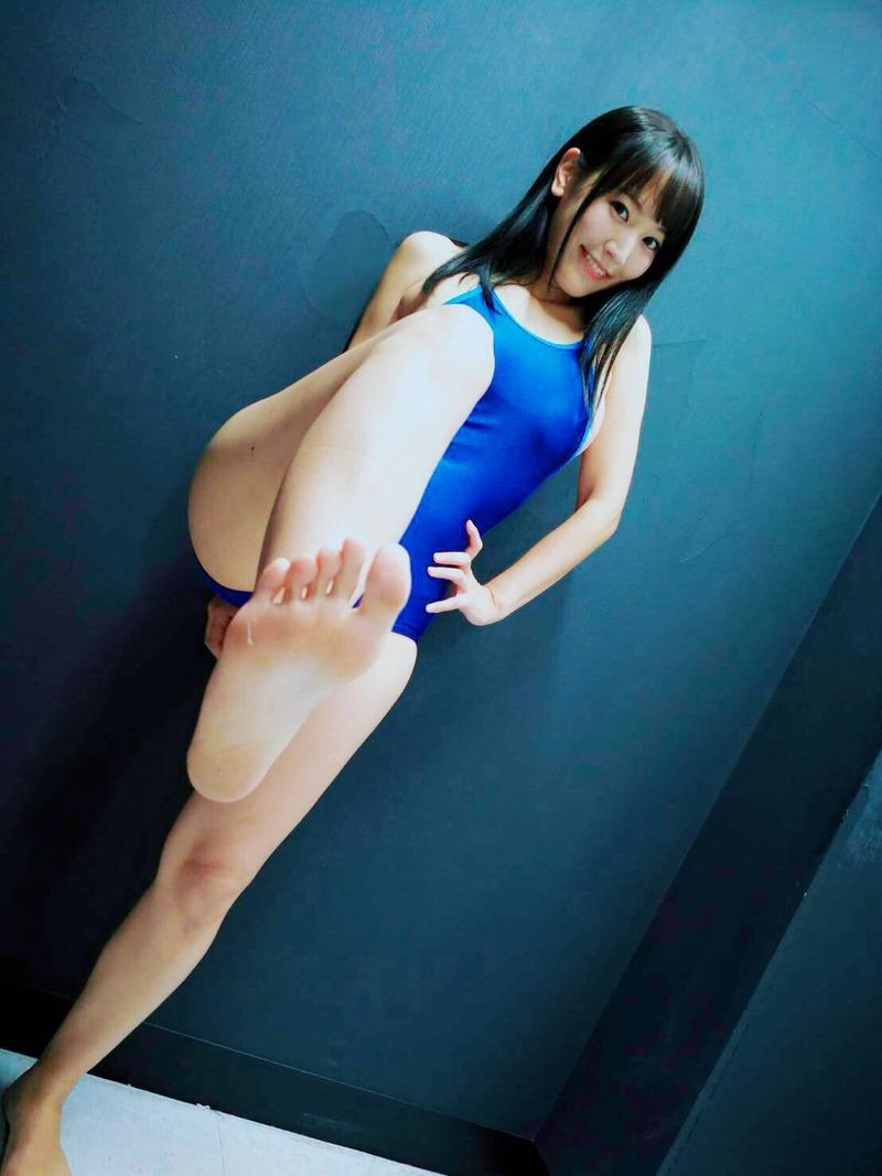浜田由梨(27)の足裏フェチ仕様のイメージDVDが抜けるww【エロ画像】
