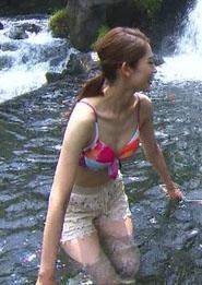 武井沙都美(29)現役OLの旅サラダの水着姿がくっそエロいww【エロ画像】