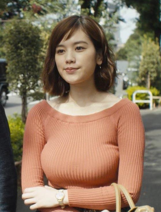 筧美和子(23)のドラマで見せた垂れ乳の着衣巨乳がぐうシコww【エロ画像】