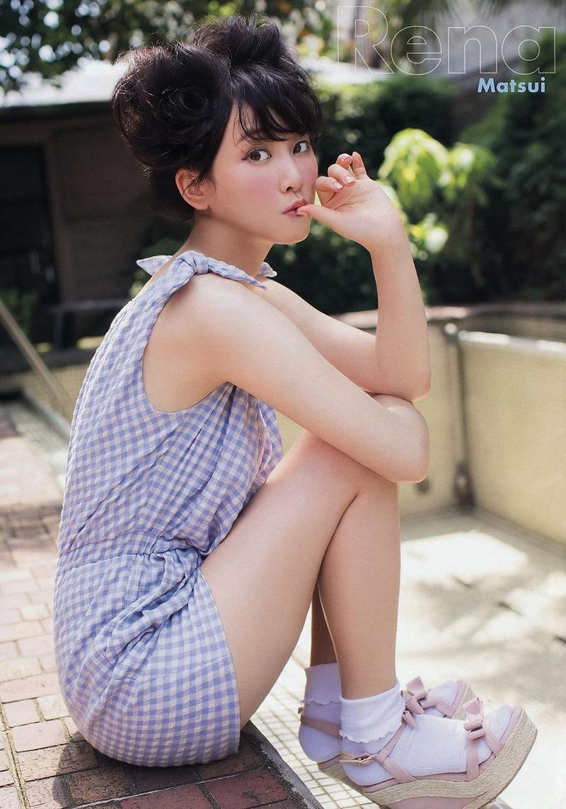 SKE松井玲奈(23)が新曲で色白プリケツ披露www「青春カレーライス」最高w【エロ画像】