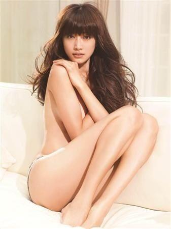 韓国モデルヨンア(31)下着姿がエロすぎる!美乳おっぱい揉みてええええww【エロ画像】