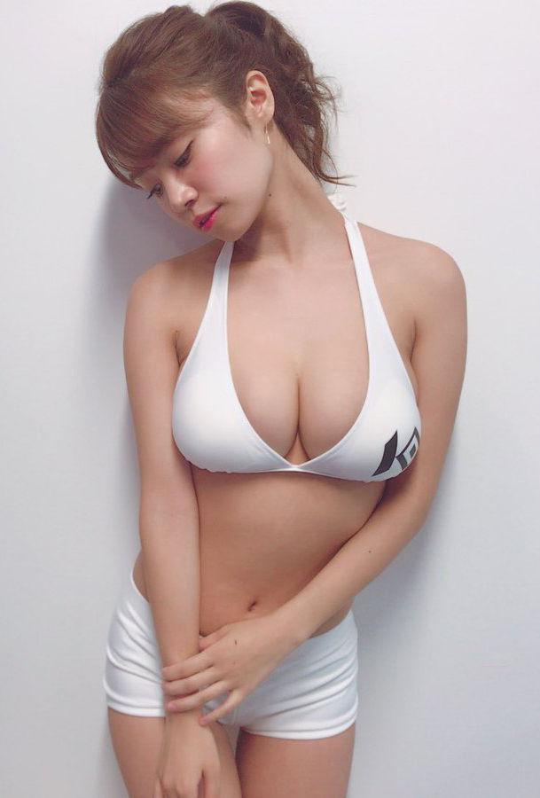 菜乃花(28)ラウンドガール姿のIカップおっぱいがド迫力でエロ過ぎるww【エロ画像】