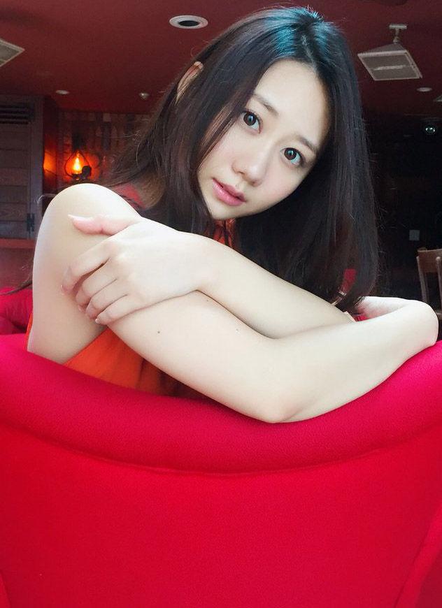 SKE48古畑奈和(21)の最新のグラビアがエロそうww【エロ画像】