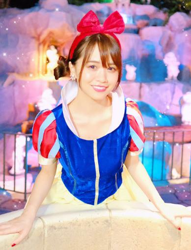 菅本裕子(23)白雪姫コスを披露するもイメクラ嬢にしか見えないww【エロ画像】