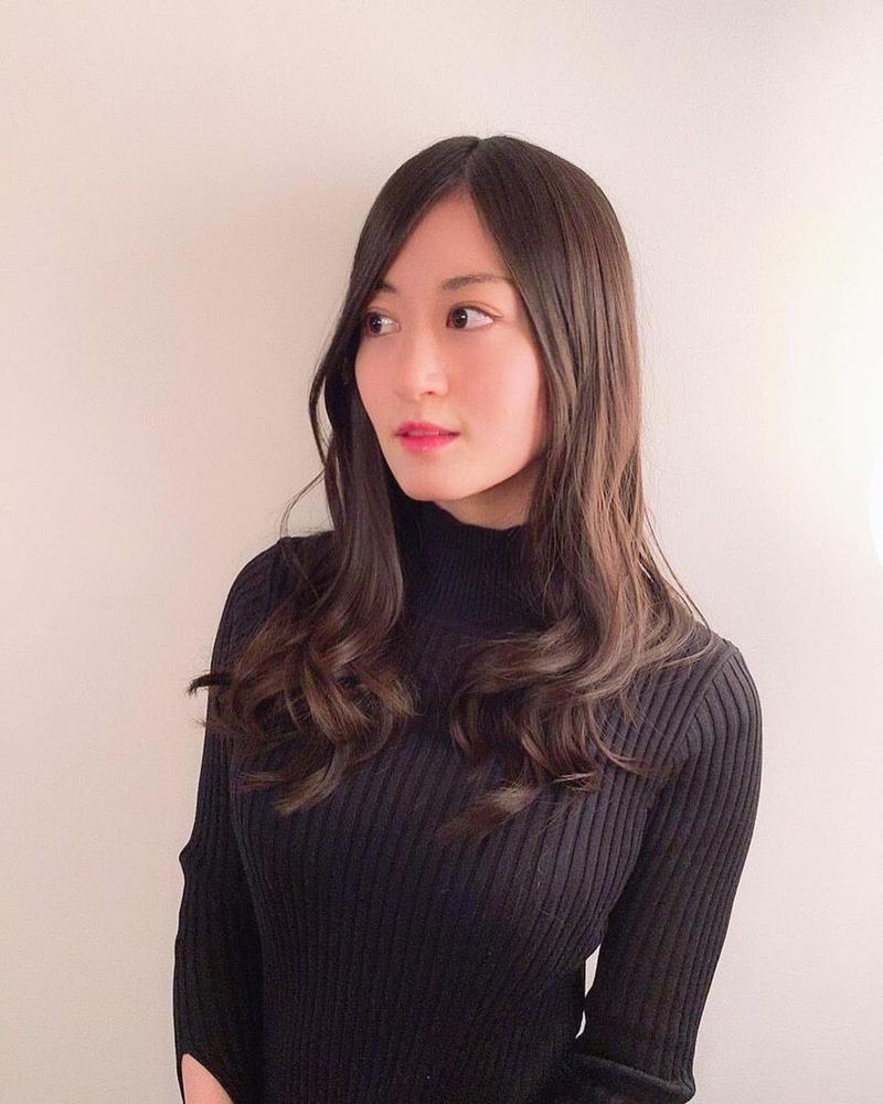 元NMB48上西恵(23)の着衣巨乳がさらに成長しててエロいww【エロ画像】