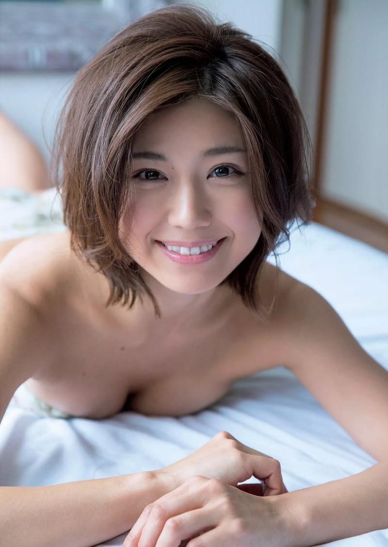 藤木由貴(24)日本レースクイーン大賞のノーブラセミヌードがぐうシコww【エロ画像】
