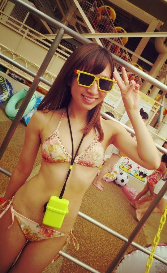 AKB48片山陽加(23)の水着姿がけしからんぞ!【エロ画像】