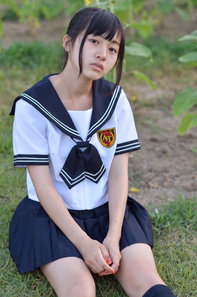 鈴木茜音 (18)日本一可愛い普通の女子高生が水着グラビア披露でクッソエロいww【エロ画像】