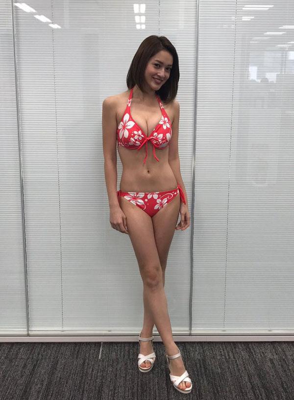 宮沢セイラ(24)胸チラ谷間や競泳水着が抜けるww【エロ画像】