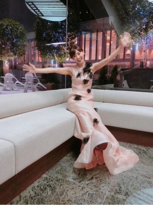 倉科カナ(30)のセクシーなドレス姿がエロいww【エロ画像】