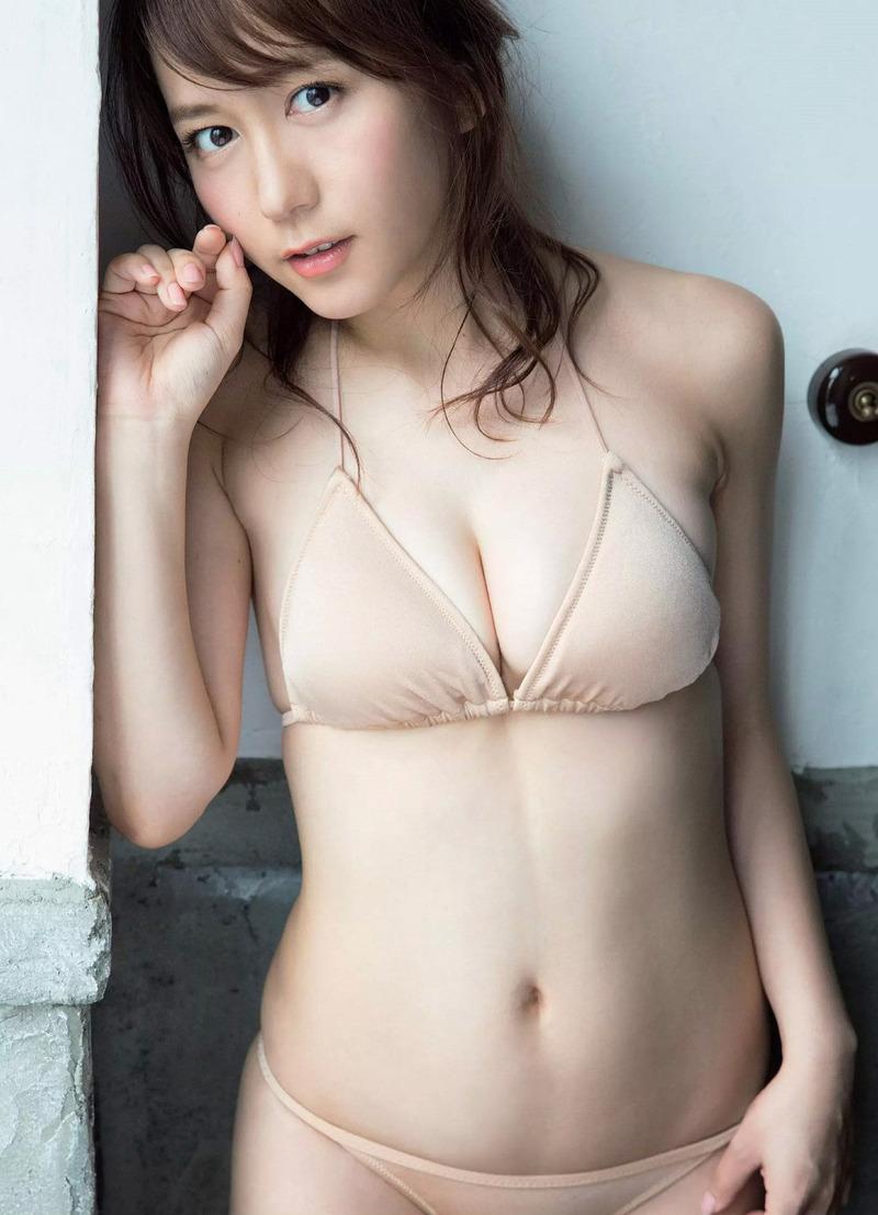 大場美奈(26)の写真集発売が決まったので水着グラビアで抜こうww【エロ画像】