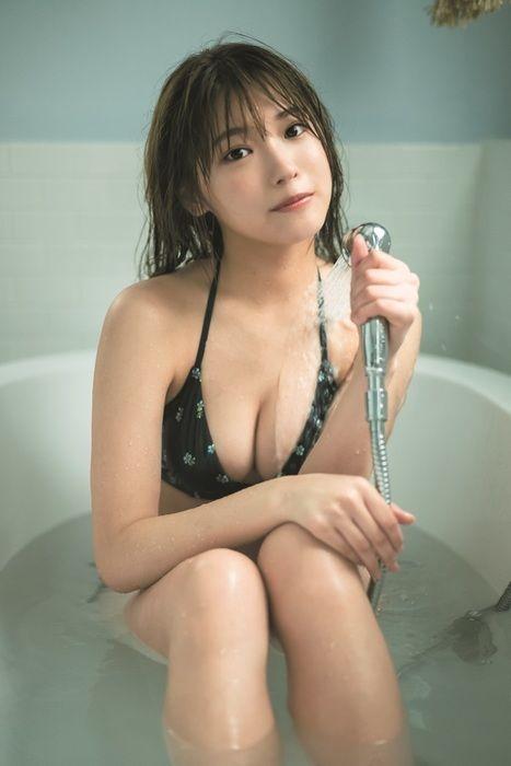 古田愛理(16)の胸チラがエッチな最新水着グラビアがエロいww【エロ画像】
