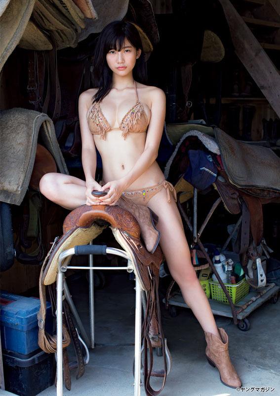 小倉優香(19)カウガール水着姿の最新グラビアが抜けるww【エロ画像】