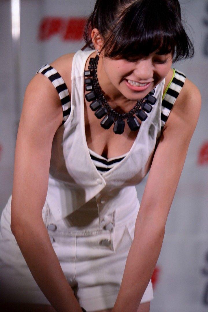 フェアリーズ・伊藤萌々香(16)がさらに巨乳化www可愛くて巨乳で若いとかたまらんwww【エロ画像】