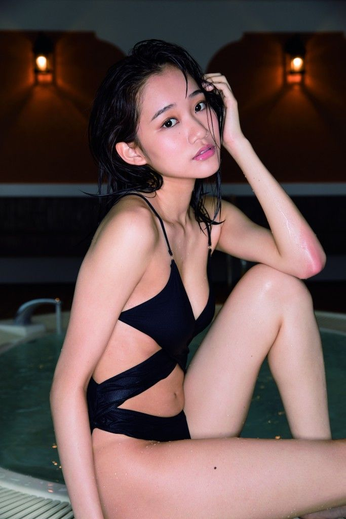 保﨑麗(18)ミスFLASH2018のスレンダー美女が細身好きにはたまらんww【エロ画像】