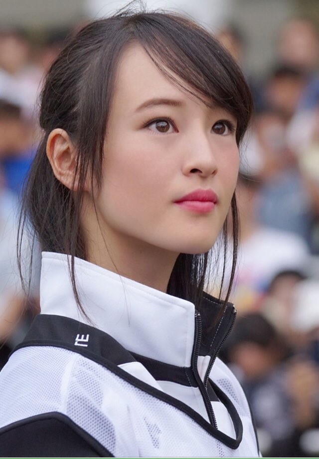 藤田菜七子(21)の競馬界のアイドルと呼ばれる女性騎手がエロいww【エロ画像】