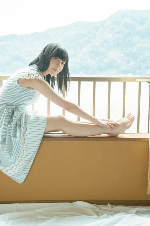 佐倉綾音(23)Fカップ巨乳声優の処女っぽいグラビアが抜けるww【エロ画像】
