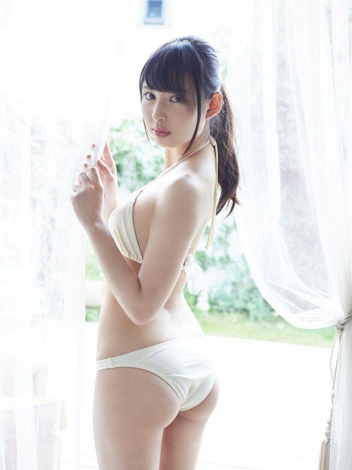 マジパン沖口優奈(19)巨乳胸チラにムッチリお尻がぐうシコww【エロ画像】