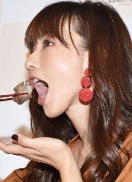 優木まおみ(37)肉食系人妻のフェラ顔がエロいww【エロ画像】