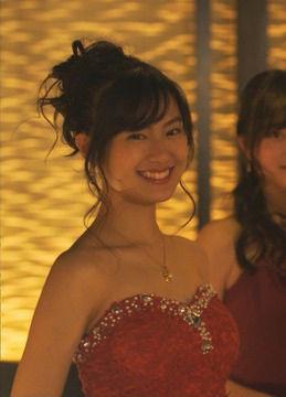 恒松祐里(21)のキャバ嬢ドレス姿やJK制服姿が新鮮でエロいww【エロ画像】