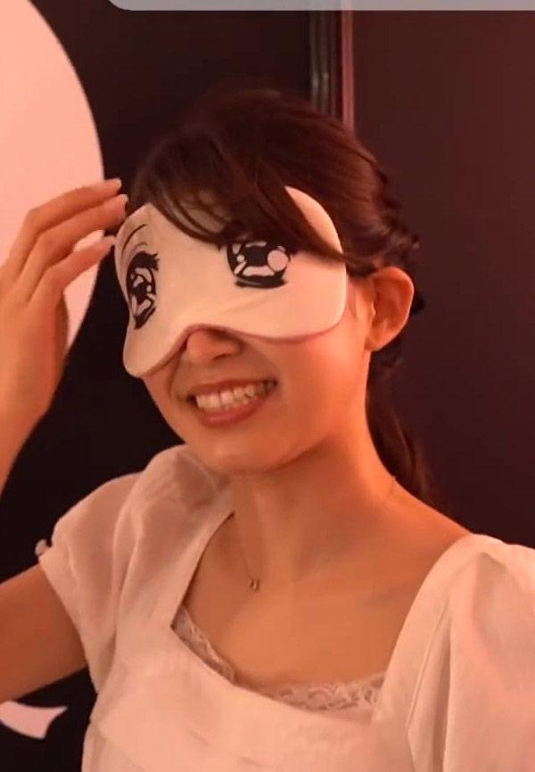 大家彩香アナ(29)のにおい展での目隠し姿がなんかエロいww【エロ画像】