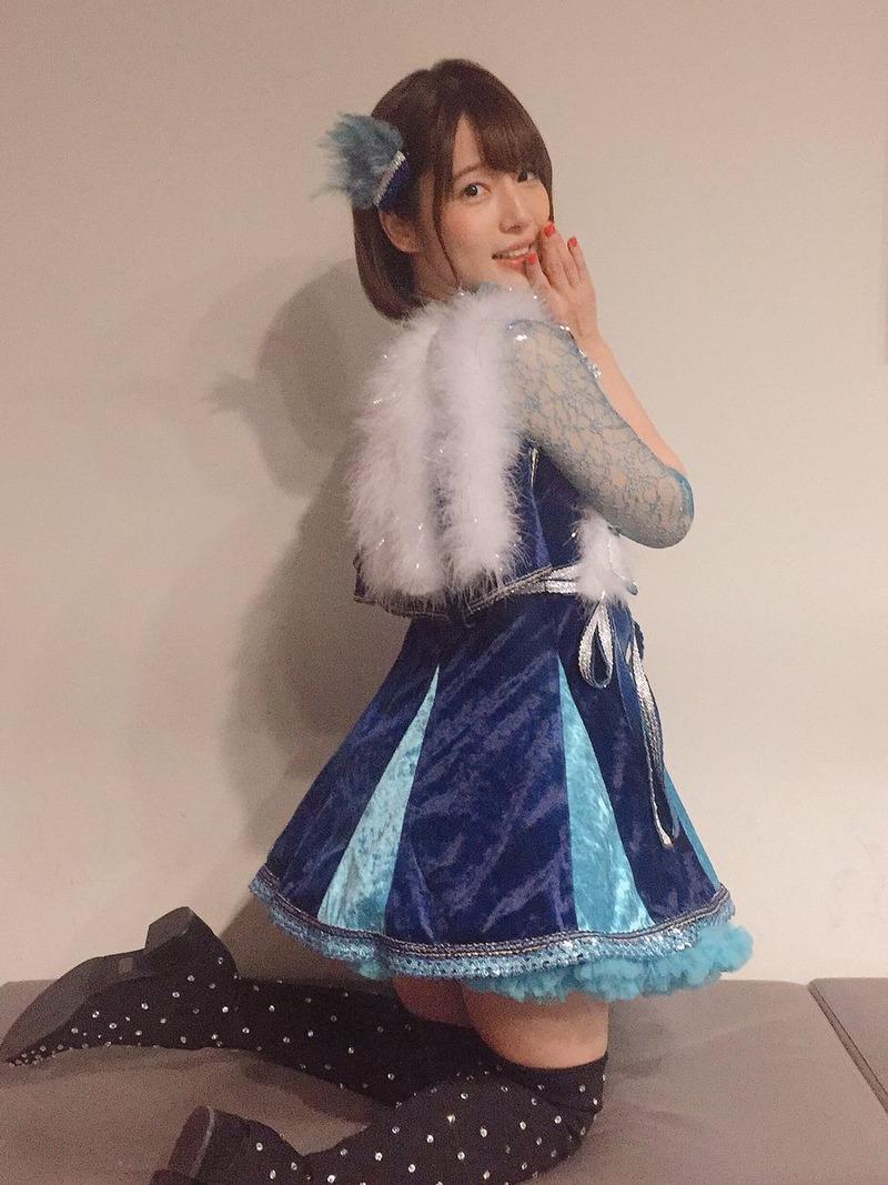 内田真礼(28)声優さんのバックでおねだりポーズがぐうシコww【エロ画像】